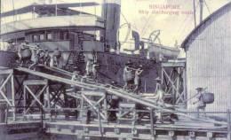 Ship Discharging Coals   Reprint From 1909 - Singapore
