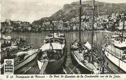 PRINCIPAUTE DE MONACO P 65 LE PORT LE QUARTIER DE LA CONDAMINE VUE SUR LA JETEE ECRITE CIRCULEE 1955 - Harbor