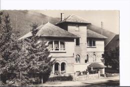 1 Cpsm. Villard De Lans. Le Castel. Home D'enfants - Villard-de-Lans