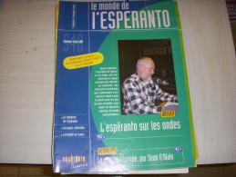 REVUE En ESPERANTO - LE MONDE De L'ESPERANTO N° 549 09.2004 : SUR LES ONDES - Livres, BD, Revues