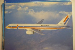 AIRLINE ISSUE / CARTE COMPAGNIE      AIR HOLLAND   B 757 200 - 1946-....: Moderne