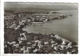 CPSM ANTIBES (Alpes Maritimes) - Vue Aérienne Sur La Ville, Le Fort Carré, Au Loin Nice - Antibes