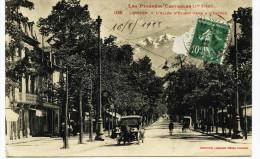 10532 - Hte Garonne # LUCHON  : L' ALLEE D' ETIGNY   , Voiture (en Panne ??)    -.circulée En 1922 - Other Municipalities