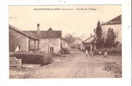 70 - BEAUMOTTE-les-PINS ( Haute-Saône ) - Centre Du Village. - Frankrijk
