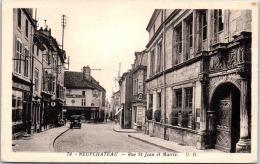 88 NEUFCHATEAU - Rue Saint Jean Et Mairie - Neufchateau