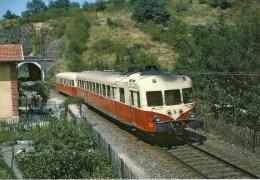 FRANCE : VILLEFRANCHE De ROUERGUE (12) AUTORAIL X 2800 TrainAurillac-Toulouse En 1967 Détails  2ème Scan - Trains