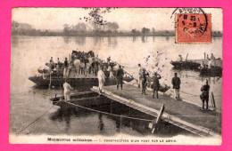Manoeuvres Militaires - Construction D'un Pont Par Le Génie - 1905 - Manoeuvres