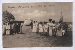 RICCIONE - 1910 - ALLA SPIAGGIA - ANIMATISSIMA!! - Rimini