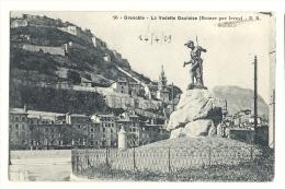 Cp, 38, Grenoble, La Vedette Gauloise, Voyagée 1909 - Grenoble
