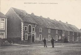 LA CASERNE DE LA GENDARMERIE - Montigny Le Roi