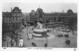 75011 - PARIS - LA PLACE DE LA REPUBLIQUE - Arrondissement: 11