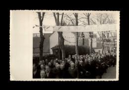 29 - LANDIVISIAU - Très Belle Photo - Le Grand Retour - Procession - 1944 - Lieux