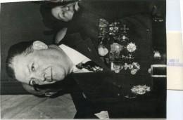 Photo Originale De Presse -  Général Pierre  DEJUSSIEU-PONTCARRAL  Fondateur Des  F.F.I  En 1957 - Beroemde Personen