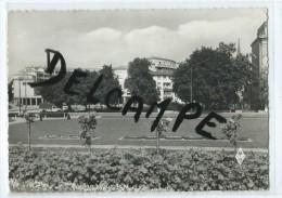 CPM - Mulhouse - Les Jardins De La Gare Et Les Nouveaux Immeubles - Mulhouse