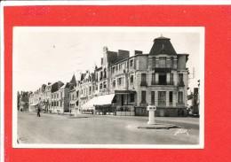 85 LES SABLES D OLONNE Cpsm Boulevard Clémenceau             4861 Flor - Sables D'Olonne