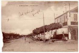 Cpa Algérie, Fort De L'Eau - Rue De France (pompe à Essence, Char Romain à Droite) - Algérie