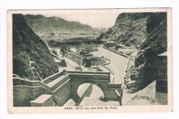 21710 ( 2 Scans ) Jemen - Aden - Biro´s Eye View From The Tanks - Cartes Postales