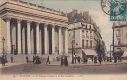Cp , 44 , NANTES , Le Théâtre Graslin Et La Rue Crébillon - Nantes