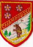 Ecusson Tissu , Feutrine Brodée Format 5x6,5 Cm  CHAMROUSSE, Ours Skieur - Patches