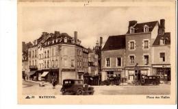 MAYENNE - Place Des Halles - Mayenne