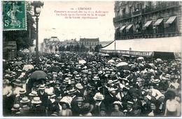 87. HAUTE-VIENNE - LIMOGES. Concours Musical 1910 La Foule Après... Garde Républicaine (devant Le Central Hôtel). - Limoges