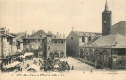 MILLAU PLACE DE L'HOTEL DE VILLE - Millau