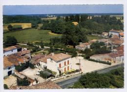 """Hotel-Restaurant--PISANY--17--""""Auberge Fleurie""""--Vue Aérienne ,cpsm 15 X 10 N° 1001 éd Sofer--Beau Cachet PISANY-17 - Restaurants"""