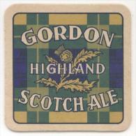 Gordon Highland Scotch Ale. Chardon. Distel. Verso: En France Demandez Le Douglas Scotch Ale. - Sous-bocks