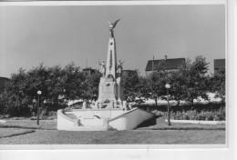 DOM.. TOM.. St-Pierre Et Miquelon.. Le Monument Aux Morts - Saint-Pierre-et-Miquelon