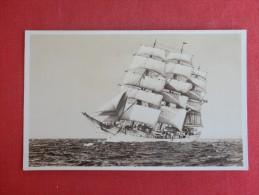 Sailing Vessels  RPPC  Skoleskibel Danmark    Ref 1364 - Voiliers