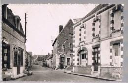 SAINT - GONDON . Rue De L'Eglise . - Autres Communes