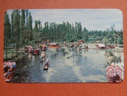 34536 PC: MEXICO:  Xochimilco, D.F. Flower-decked Boats Carry Excursionists Along The Canals Through Xochimilo´s Gardens - Mexico