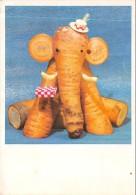 Elephant Carotte - Sculpture De Légumes - Éléphants