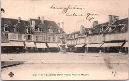 18 SAINT AMAND MONTROND - Place Du Marché - Saint-Amand-Montrond