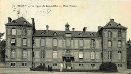 SEDAN - ARDENNES  (08) - PEU COURANTE CPA ANIMEE DE 1910. - Sedan