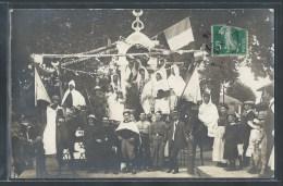 - CARTE PHOTO - Souvenir De Cavalcade, Lieu à Déterminer - Photographie