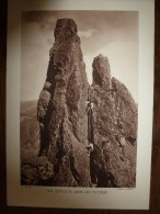 1930-1940 Photo Par Georges Tairraz      UNE DESCENTE DANS LES ROCHERS   Format Hors Tout 290mm X 200mm - Places