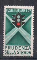 ITALIA 1957 EDUCAZIONE STRADALE SASS. 815 MLH VF - 6. 1946-.. República