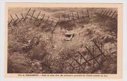 DOUAUMONT - LE FORT - POINT DE CHUTE D' UN 380 ALLEMAND A PROXIMITE DE L' ENTREE DU FORT - Douaumont