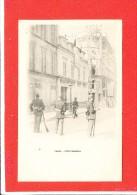 75 PARIS Cpa Animée Gendarme Fort Chabrol - Arrondissement: 10