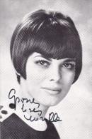 DEDICACE Originale Autographe Chanteuse Mireille MATHIEU 1966 @ Photo Sam LEVIN - Autographes