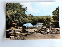 Carte Postale Ancienne : SAINT-ASTIER : La Terrasse Du Lac Bleu Et Chateau Féodal, Animé - Frankrijk