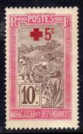 Madagascar N° 121 X Surtaxe Au Profit De La Croix Rouge : + 5 C. Sur 10 C. Charnière Moyenne  TB - Madagascar (1889-1960)