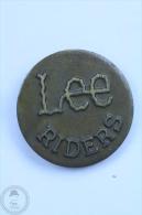 Lee Riders Jeans Advertising - Pin Badge #PLS - Marcas Registradas
