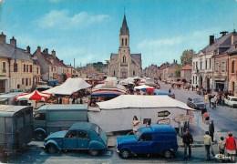 18  Sancoins  Place De La Liberation  Marché - Sancoins