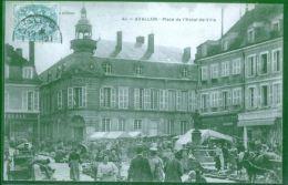 Avallon  -  Place De L'Hotel De Ville    1905 Voyagée       Petit Prix  Défauts - Avallon