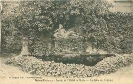 13 - AIX-en-PROVENCE - Jardin De L'Hôtel De Ribbe - Fontaine De Neptune - Aix En Provence