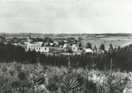 Longlier - L'Eglise Et Panorama De La Commune - Neufchâteau