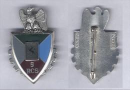 Insigne Du 5e Régiment De Commandement Et De Soutien - Hueste