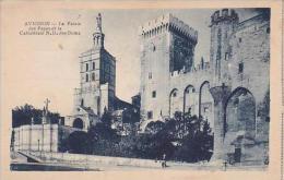 France Avignon Le Palais des Papes et la Cathedrale Notre-Dame d
